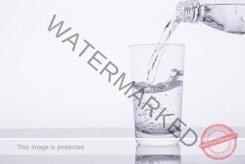 超お手軽美容法「水ダイエット術」とは?